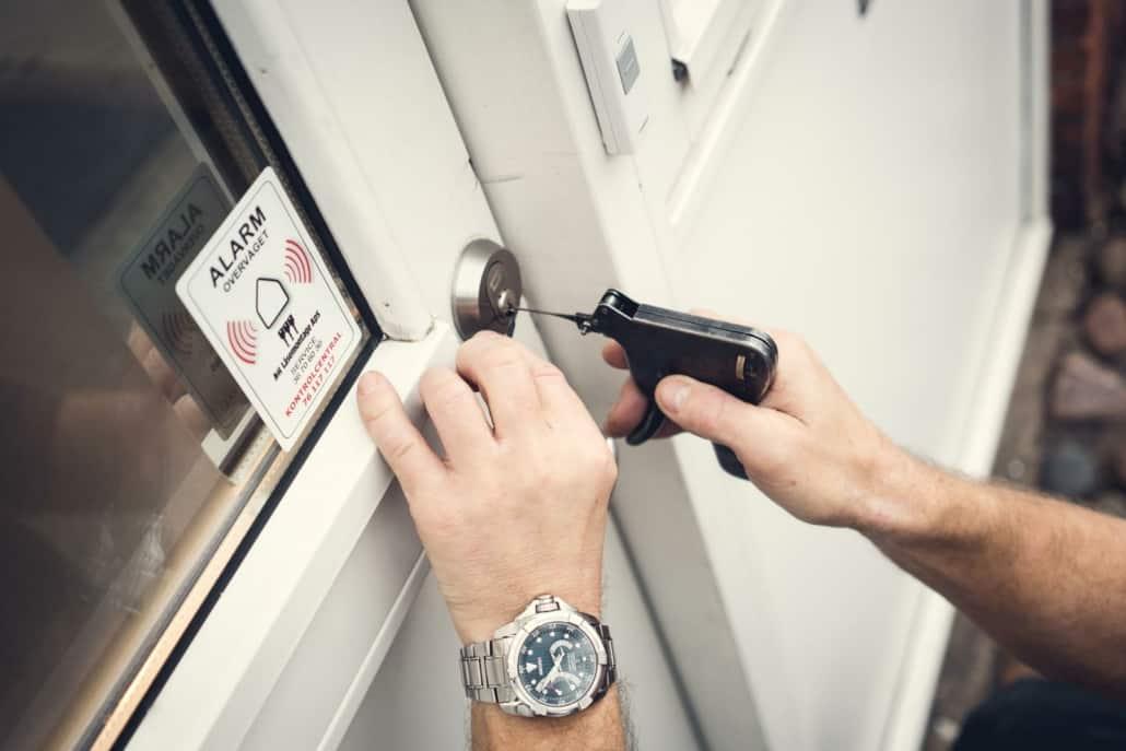 oplukning af døre
